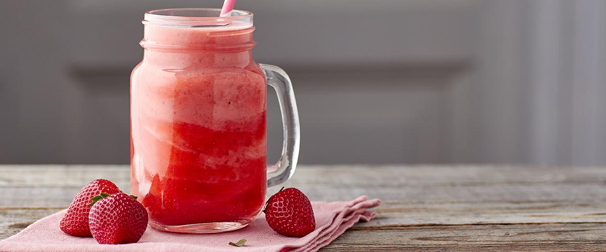 smoothie med jordgubbar och banan